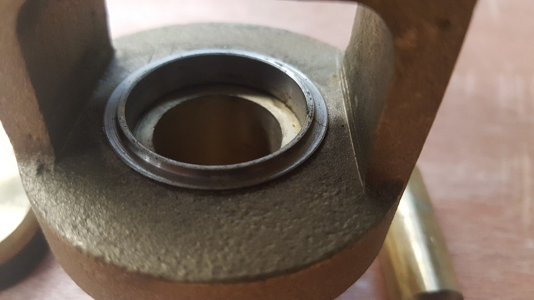 Cocky valve with stainless steel seat